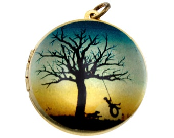Photo Locket, Image Locket, Art Locket, Picture Locket, Brass Locket - SummertimeTree