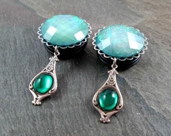 "Dangle Plugs - 7/8"" 22mm - 1"" 25mm Gauges - Green Victorian Dangle Gauges - Plug Earrings - Wedding Gauges"