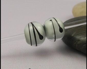 Ginnovations lampwork, Soft Mint bead pair (2 beads)