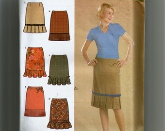 Simplicity Misses' Set of Skirts With Hemline Variations Pattern 4882