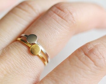 simple circle ring . stackable circle ring . silver dot ring . full circle ring . tiny circle . circle stacking ring . tiny dot ring / 4LCRC