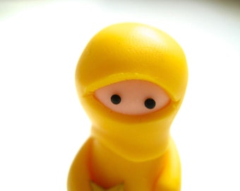 Little Yellow Ninja with Throwing Star