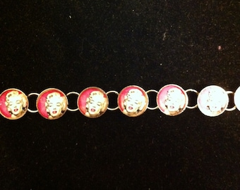 Marilyn Monroe Pink Round Metal Link Bracelet with Vintage Finish