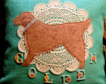 Golden retriever burlap decorative pillow