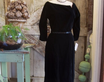 1950s black velvet cocktail dress 50s hourglass wiggle dress size medium vintage 50s dress