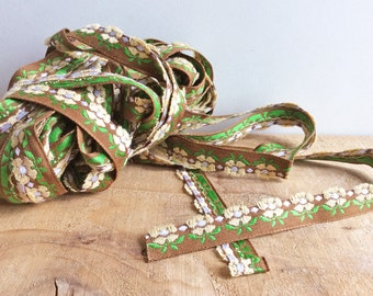 Daisy Flower Trim, 2 Yards Green Vintage Sewing Trim, Cute Floral Trim, Woven Ribbon for Sewing