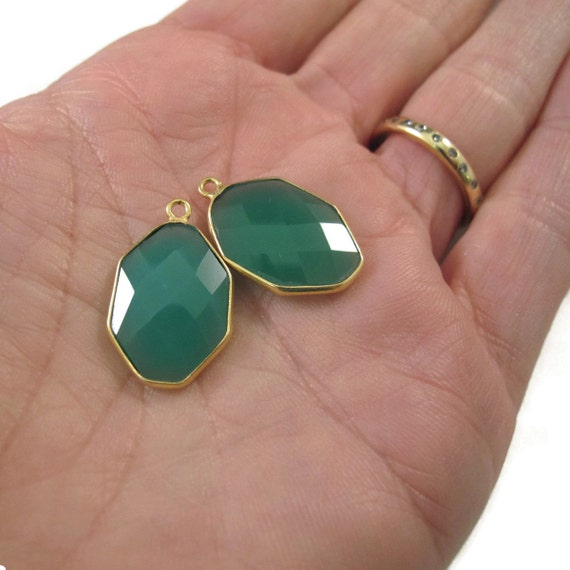 Green Onyx Charms, Matched Pair, Set of 2 Hexagon Pendants, Gold Plated Bezel Pendants, 23mm x 15mm (C-Go1a)