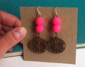 Anisette Earrings in Pink
