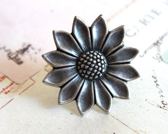 sunflower ring. silver ox jewelry. large sunflower
