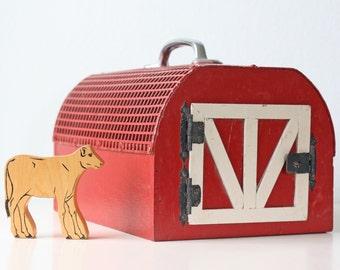 Vintage Barn Pet Carrier