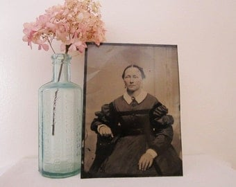 Large Antique Tintype 5 X 7 of Civil War Era Woman