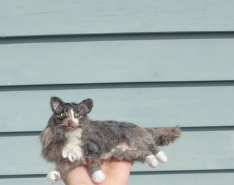 Custom Cat Art / Gift for Cat Lover /  Needle Felted Cat / Personalized Custom Pet Portrait / Cat Memorial