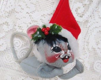 Vintage 1970's AnnaLee Christmas Mouse Ornament