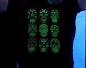 Sugar skull unisex glow in the dark T-shirt - pick your size - dia de los muertos - day of the dead