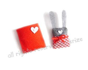 Bunny brooch, girl brooch, children jewelry, gift for kids, rabbit brooch