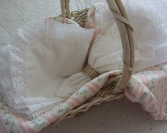 6 white frilly lace trimmed napkins, wedding table, reception, prairie chic, barn wedding, casual charm, cottage chic pure white