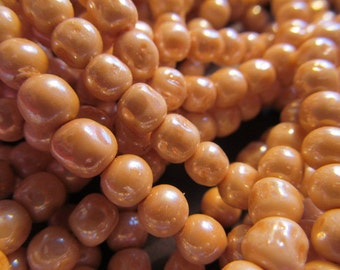 Vintage Glass Beads (24)(6-7mm) Handmade Japanese Champagne Beads