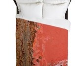Industrial Art Print Queen duvet with distressed metal paneling design with textured filter.
