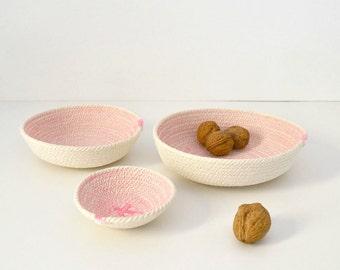 BLACK FRIDAYBLACK FRIDAYSet of three cotton cord plates in light pink