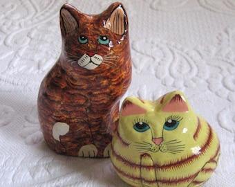 Paper Mache Cat . Figurine and Trinket Box . Hand Painted Cats . hand made cat . paper mache