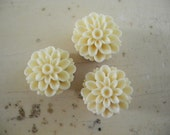 s a l e - Upcycled Posie Flower Magnets - 50% off sale