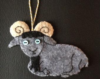 grey goat felty