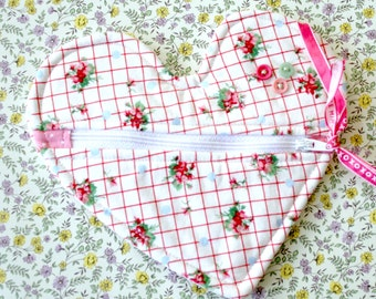 Zipper Pouch Heart Shaped Makeup Bag Womens Gift Idea Bridesmaid Wedding Valentine's Day