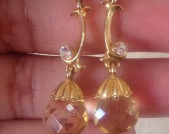 Earrings, Avon, Dangle Earrings, Vintage Avon Gold Tone Drop Earrings Pierced
