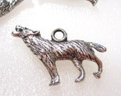 50% Off 12 Howling Wolf Charms Antique Silver Tibetan Tone, 3D Double sided C0121