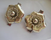 Up Cycled Metal Flower Hair Clips 1960s Vintage Earrings on Silver Alligator Clips Flower Hair Accessory Unique One of a Kind Hair Clips