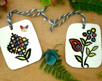 Pair of Happy Flower Gift Tags, Pendants, Tree Ornaments - Rustic HandMade Garden Butterfly Set of 2 Wall Hanging, Housewarming Wedding Gift