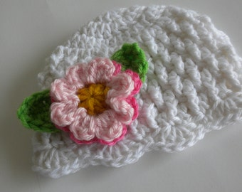 Crochet Baby Hat, Crochet Baby Beanie, Off White Baby Hat, Newborn Baby Hat, Baby Girl Hat, Hat with Flowers and Leaves, Photo Prop Baby Hat