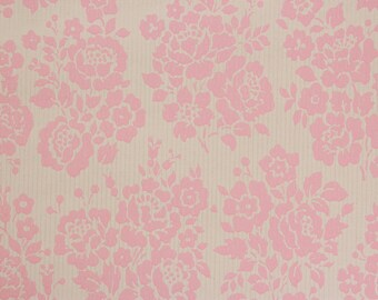 1960's Vintage Wallpaper Pink Rose Bouquets on White