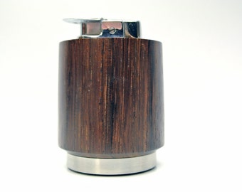 Vintage woodgrain lighter - Varaflame by Ronson