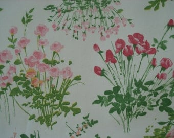 SALE -- Twin fitted and top sheet in pink and rose florals