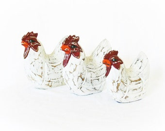 Vintage Primitive Hens Chickens Set 3 Painted Wood Art White Red Rustic Figurines