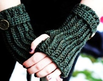 Olivia Grace Nolan collection Wristed Gloves