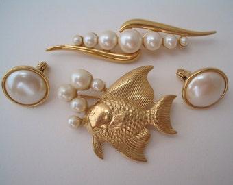 Monet clip earrings Monet brooch Fish bubble brooch Faux pearl jewelry