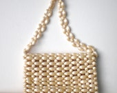 Vintage Pearl Beaded Handbag / White Vintage 1950s Purse / Walborg Evening Handbag Made in Japan  / 50s Plastic Bead Purse / Retro Style