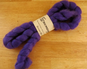 Paradoxically Purple - 4oz - 114g - Combed Wensleydale Top