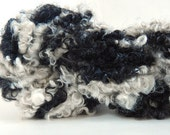 "Black & White"" fluffed n spun Coopworth and  Lincoln  locks - handspun - Art yarn -thick  thin Bulky"