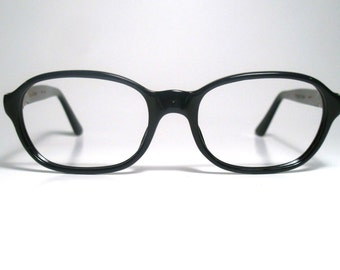 Style De Paris Modern Shape Black Oval Horn Rim Eyeglasses  Frame  Made in France NOS