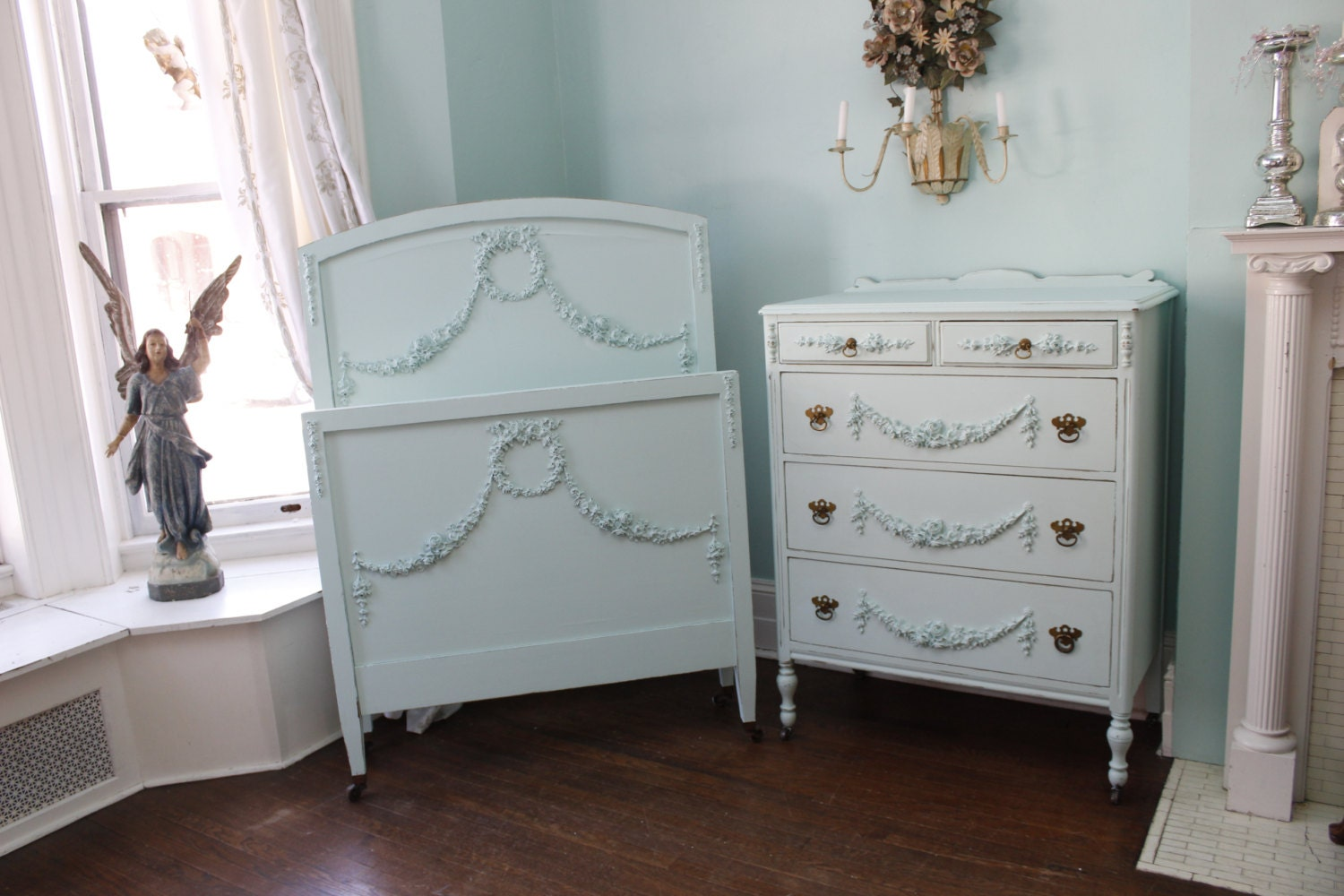 2 Piece Antique Bedroom Set Shabby Chic By