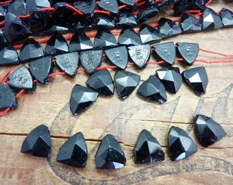 Antique Mourning Jet Glass Beads 10mm Shield (12) JET114