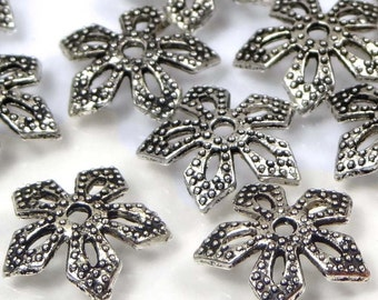 25 Silver Pewter Filigree Bead Caps 11mm - Lead-Free  (p201)