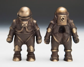 One Bronze Astronaut / Spaceman