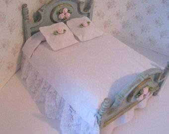 Miniaturebed Dollhouse Double Bed Pretty Spread A