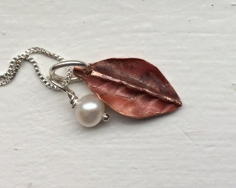 Little copper leaf and pearl charm necklace