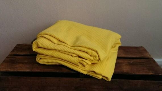 jaune vintage couvre lit couverture sears feuille couverture. Black Bedroom Furniture Sets. Home Design Ideas