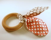 Organic Baby Teether - Wooden Ring and Organic Fabric - Reversible Coral and Grey Polka Dots - Eco-friendly Wood Toy